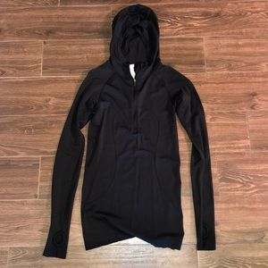 black lululemon women's jacket size 4